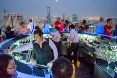 Happy people (De Wet Moolman) Tags: bangkok view bar lebua skybar drinks thailand