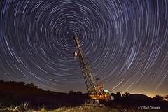 20160731 Grua Circumpolar 02 (VRuizOlivares) Tags: estrellas circumpolar maquinaria nocturna
