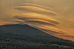 7 (zuroccu) Tags: etna lenticolari nubilenticolari cielo bronte