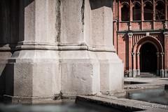 Chiesa San Vittore Martire in Pollenzo (Ljevin) Tags: pollenzo bra cuneo lunga esposizione long exposure nd10 big stopper filtro filter fontana chiesa canon 6d sigma 50 art bw