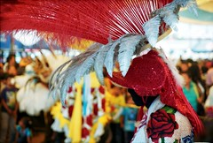 SG105504 (Isai Carreto.) Tags: film mxico canon vintage iso200 dance retro disfraz carnaval fujifilm custom puebla baile tradicion elan7ne huehue analogo proplusii maverickphotography mxicoanalogo