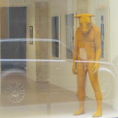 Lux... (Mars 2015) (Ostrevents) Tags: sculpture paris france male art seine cn naked nude automobile europa europe galerie capitale ato minotaure mle virilit galeriedart ostrevnts luxenu