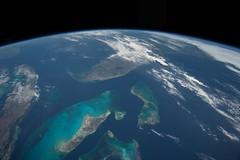 Cuba and Florida and the Bahamas (sjrankin) Tags: gulfofmexico florida edited cuba nasa bahamas atlanticocean iss eastcoast earthslimb iss043 30april2015 iss043e142484