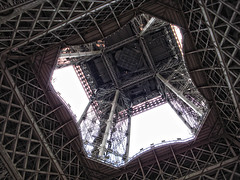 Eiffel Tower (lukedrich_photography) Tags: sony dscw55 sonydscw55 history culture paris       france       francia frankreich europe european europa eiffel tower eiffeltower toureiffel wroughtiron lattice iron gustaveeiffel champdemars 1889worldsfair icon architecture structure landmark tourist     frenchrepublic rpubliquefranaise westerneurope