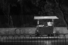 Service (Hernan Soberon) Tags: autos blackandwhite blancoynegro calle canon canon70d car endor endorinc fotografiacallejera hernansoberon highcontrast hsoberon light night norebos spotlight street streetphotography suburbia vendedor vendedorambulante