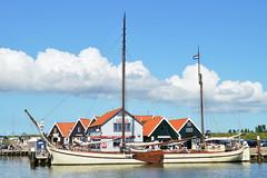 Oudeschild harbour (l-vandervegt) Tags: nikon d3200 nederland netherlands holland niederlande paysbas noordholland texel oudeschild haven harbour boot boat ship schip cloud wolk