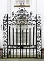 The Clifford Street side-gate (1822) to the churchyard, St John's Lutheran Church, Charleston, SC (Hunky Punk) Tags: harlestonvillage church gate wroughtiron churchyard street clifford archdale john lutheran charleston sc southcarolina