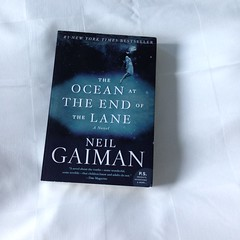 IMG_4223 (a_melie10) Tags: book neilgaiman theoceanattheendofthelane fiction literature books