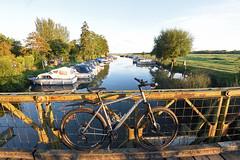 River Biking (Free.heel) Tags: riverthames lynskeyridgeline29er oxford thames nikonafsnikkor1635mmf40gedvr nikond810 shimanoxt