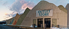 Former Gander Mountain (Nicholas Eckhart) Tags: usa retail mi america mall us michigan pontiac stores waterford township charter 2015 summitplace