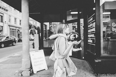 Hi! (justis.kivari) Tags: blackandwhite monochrome nashville streetphotography musiccity justiskivari