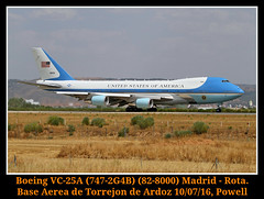 AIR FORCE ONE! (Powell 333) Tags: espaa canon eos one us airport spain force unitedstates aircraft air united 7d airforceone powell states boeing airways airforce airlines usaf avin aeropuerto base jumbo avion area usairforce aviones leto estadosunidos estados aerea aena fuerza unidos fuerzaaerea torrejn torrejon vc25a ardoz fuerzaarea 828000 eos7d canoneos7d 7472g4b boeingvc25a