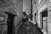 Calle Ujué 5 (Garimba Rekords) Tags: blanco calle arquitectura y negro pueblo bn navarra ujué