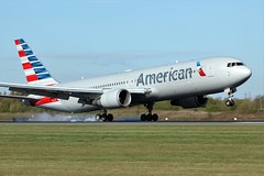 N348AN (AnDrEwMHoLdEn) Tags: manchester airport americanairlines 767 manchesterairport egcc 05r