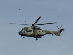 COUGAR 0559 (Mark V.I) Tags: canon powershot sx700hs canonpowershotxs700hs cougar puma 0559 amb ambv fav favb military militaria militar camo helicopter helicoptero sky blue as532ulvip favclubfotografia