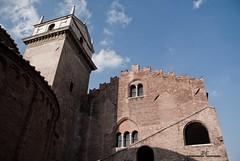 Palazzo della Regione - Mantova (max.fontanelli) Tags: mantova mantua azzurro blue cielo sky nuvole clouds palazzo regione regional palace