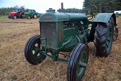 (Zak355) Tags: butevintageclub ploughing ploughingmatch kingarth bute rothesay isleofbute scotland scottish tractors farming farm vintagetractors fordson