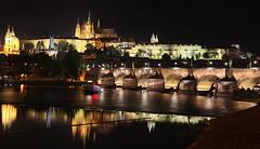 Prague la nuit (laurent 297) Tags: karlvmost charlesbridge prague praha pontcharles
