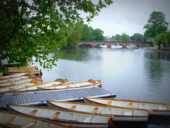 Boats on the River Avon (Tony Worrall) Tags: county uk england wet water river fun boats stream tour open place unitedkingdom centre country central shakespeare visit location area float update avon mid warwickshire attraction stratforduponavon midlands shakespearecountry 2015tonyworrall