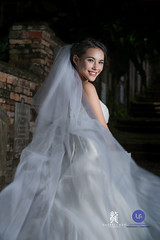 Shin (Darrell Neo) Tags: red bride nikon outdoor location bridal prewedding prewed strobist