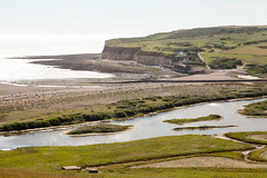 Cuckmere Haven   Seven Sisters walk   July 2016-40 (Paul Dykes) Tags: southdowns southdownsway southcoast coast cliffs sea shore coastal englishchannel sussex england uk seaside sun sunnyday chalk downs hills countryside
