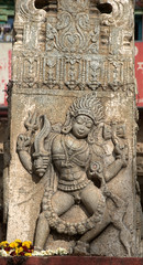 Carvings on the Temple Pillar (VinayakH) Tags: halasurusomeshwaratemple bangalore india ulsoor chola vijayanagaraempire kempegowda hindu shiva temple hinduism