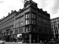 The Waterloo, Glaschu / Glasgow (Rhisiart Hincks) Tags: glaschu glasgow yralban scotland albain kotija koterana eskozia broskos scoia cosse esccia schottland skotlanti escocia bar taberna tafarn taighseinnse ostaleri pub publichouse arkitektura architecture adeiladouriezh ailtireachd pennserneth duagwyn gwennhadu dubhagusgeal dubhagusbn zuribeltz czarnobiae blancinegre blancetnoir blancoynegro blackandwhite  bw feketefehr melnsunbalts juodairbalta negruialb siyahvebeyaz rnoinbelo    zwartenwit mustajavalkoinen crnoibelo ernabl schwarzundweis lgbt hoyw bi deurywiol trawsrywiol transexual lesbian hevelreviat gay