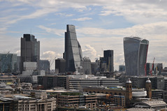 City skyline (zoom) (stevekeiretsu) Tags: london thames skyline river tower42 cityoflondon 20fs 122lh