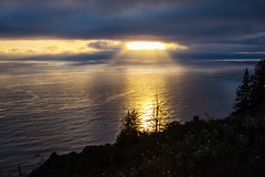 Golden (San Francisco Gal) Tags: pacific ocean goldenhour cloud ray silhouette water reflection requa sunlight ngc npc
