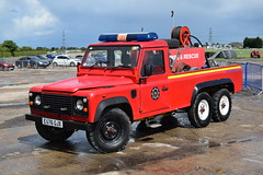 E576 GJX (markkirk85) Tags: fire engine appliance land rover 110 v f specialist vehicles east lindsey protection ex conoco humberside e576 gjx e576gjx