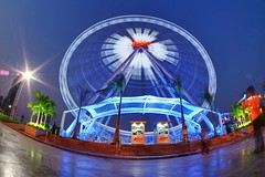 Bangkok - Ferris wheel running (sharko333) Tags: travel voyage reise asia asie asien thailand thailande bangkok krungthepmahanakhon  asiatique ferriswheel riesenrad vergngungspark olympus em5
