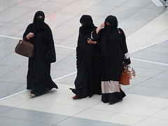 Kuwaiti women in their traditional dress on a shopping tour on Avenues Mall!