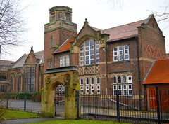 Moor Park school, Preston (Tony Worrall) Tags: preston north northwest lancs lancashire england northern uk update place location visit area county attraction open stream tour country welovethenorth unitedkingdom urban architecture building built moorpark school gate relic students moor park