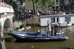 Gay Europride Amsterdam 2016 (Roelie Wilms) Tags: gay europrideamsterdam2016canalpride gaypride canalpride2016 amsterdam pink rose roze politie police