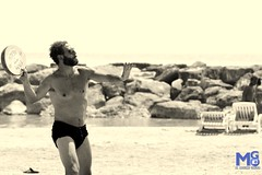 Sport on the beach (gianluca_malfitano) Tags: spiaggia mare estate sport relax sole sun tramonto allaperto caldo freddo colore esposizione tempi attimi color blackwhite canon 1855 70300 photos hobby facebook flickr sicily italy augusta siracusa magia gianluca malfitano fotografando gianlucamalfitano