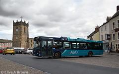 DSC_0243w (Sou'wester) Tags: bus buses publictransport psv richmond northyorkshire marketplace