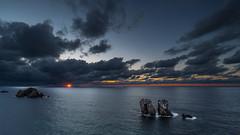 L'instant magique (Hervé D.) Tags: losurros sun start sunburst étoile soleil sunset coucherdesoleil cantabrie cantabria espagne spain landscape paysage seascape liencres
