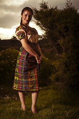 tipico_92 (edyn81) Tags: nia mujer trajeindigena maya atitlan mirador folclor guatemala traje blusa corte