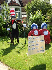 The Cat In The Hat (Munki Munki) Tags: 2016scarecrowfestival hinderwell portmulgrave nyorks scarecrow drseuss thing1 thing2 cat hat thecatinthehat furledumbrella shadows