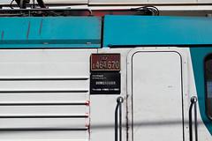 Targa Laterale E464.670 (simone.dibiase) Tags: e464 regionale veloce torino porta nuova lingotto ferrovie dello stato trenitalia livrea xmpr genova brignole destinazione 670 targa laterale produzione 2012 stabilimento bombardier vado ligure ad trainz 2597 treno passeggeri train station stations rail rails railway railways italy italia france francia loco locos locomotive locomotiva italiane fs nikon d3300 dslr camera nikond3300