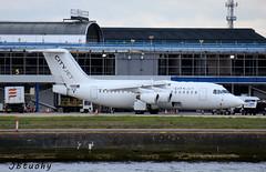 CityJet ~ British Aerospace Avro RJ85 ~ EI-RJR (jb tuohy) Tags: cityjet britishaerospace avro rj85 eirjr jet airline airplane aircraft plane avion aviation airport lcy transportation londoncity