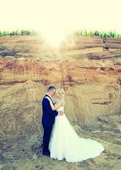 natural light (eva_wurzer) Tags: afterwedding braut brutigam liebe hochzeit natur outdoor nikon landschaft kleid anzug sonne