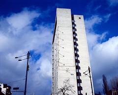 Bessa667_Kodak200_0001 (dmitriy.marichev) Tags: voigtlanderbessaiii bessa voigtlander 8035heliar 8035 heliar 67 667 kiev ukraine kodak kodakektachromee200 ektachrome e200 dmitriymarichev mediumformat architecture