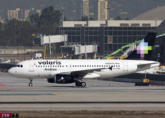 XA-VOA_A319-133_KLAX_4641 (Mike Head -Jetwashphotos) Tags: california ca usa america us andrea socal airbus lax southerncalifornia goldenstate a319 a319133 voi y4 klax losangelesairport volaris
