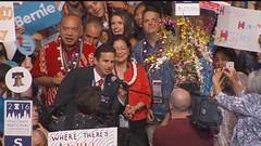 Hawaii delegate dismissed from DNC after seen making obscene gesture The Democratic Party of Hawaii removed a Hawaii delegates credentials after she was seen sticking her middle finger during the roll call at the Democratic National Convention Tuesday ni (jimmy.007bond) Tags: website design hawaii columbia