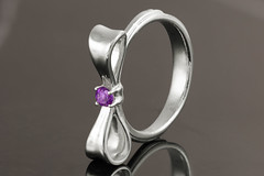Bow ring with amethyst accent (NZVC) Tags: silver handmade jewelry ring bow ribbon sterling amethyst garnet vanseejewelry