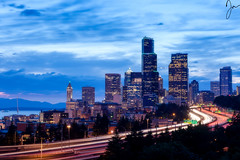 Seattle evening (Jojo Septantesix) Tags: seattle skyline cityscape downtown sunset clouds buildings highway i5 long exposure jos rizal bridge josrizal