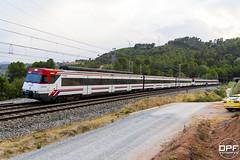 447 doble (Escursso) Tags: 447 barcelona castellbisbal catalunya llobregat renfe rodalies trainspotting railway summer train tren