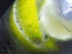 Feeling Supersonic (theGR0WLER) Tags: drink tonic gin lime lemon chilled ice water condensation slice wedge canon canonpowershotsx50hs close zoom gt ginandtonic supersonic bombay hendricks london beefeater green white yellow black fruit alcohol spirit unitedkingdom