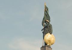 Soviet Memorial (only lines) Tags: soviet memorial vienna austria ww2 russian